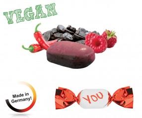 Bonbons mit Logo vegan metallisierter Wickler Himbeer-Chilli-Lakritz 1-Kilo-Tüte